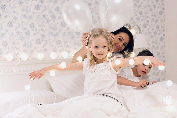 Asmeninio archyvo nuotr./Šarūnė su dukra Ieva ir sūnumi Augustinu