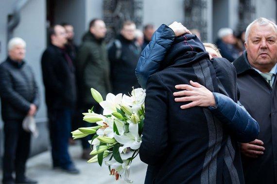Sigismond Gadivela / 15min Pictures / Funeral of the actor Aronas Storpirštis