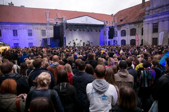 """Žygimanto Gedvilos / 15min nuotr./""""Cigarettes After Sex"""" koncertas Vilniuje"""