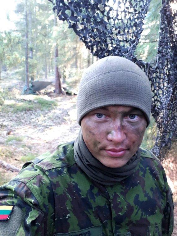 DK Birutės ulonų bataliono nuotr./Paramedikas Justas, teisininko karjerą iškeitęs į kario