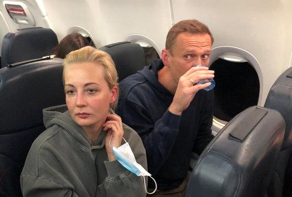 """""""Reuters""""/""""Scanpix"""" nuotr./Julija Navalnaja ir Aleksejus Navalnas"""