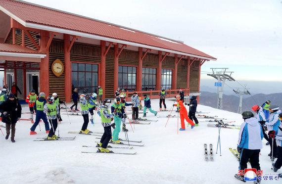 """""""Reuters""""/""""Scanpix"""" nuotr./Korėjų slidininkai Masik Passo kurorte"""