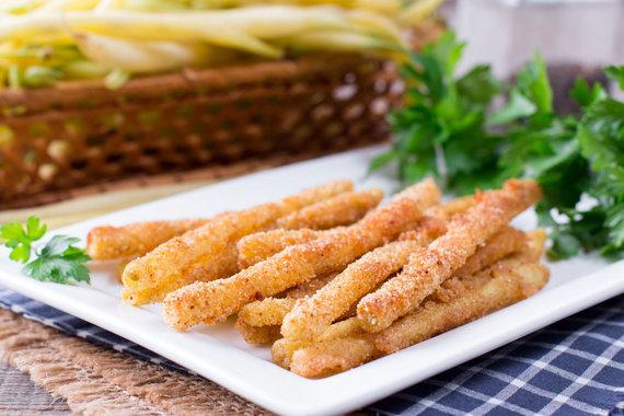 123RF.com nuotr./Šparaginės pupelės tempura tešloje
