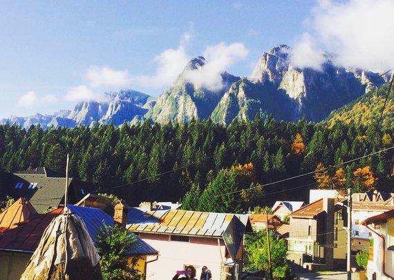 """Kelionių organizatoriaus """"GRŪDA"""" nuotr./Kalnų kaimelis Bušteni, Rumunija"""