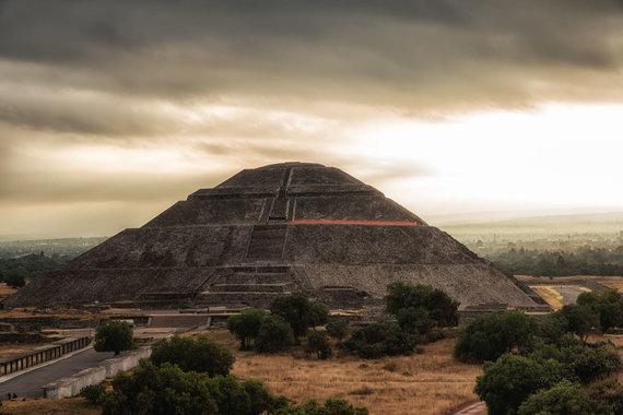 123RF.com nuotr./Saulės piramidė, Teotihuakanas, Meksika