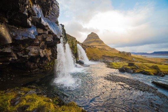 """Kelionių organizatoriaus """"GRŪDA"""" nuotr./Kirkjufellfoss krioklys, Islandija"""