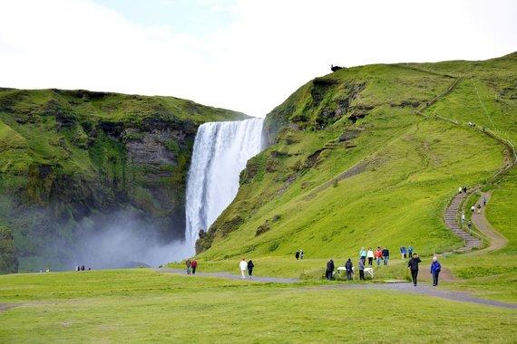 """Kelionių organizatoriaus """"GRŪDA"""" nuotr./Skogafoso krioklys, Islandija"""