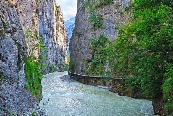 """Kelionių organizatoriaus """"GRŪDA"""" nuotr./Arės upės tarpeklis, Šveicarija"""