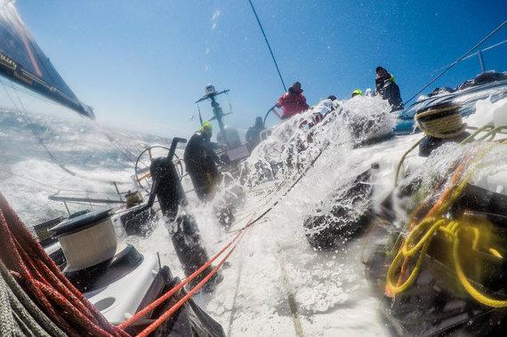 """Luko Balandžio / 15min nuotr./""""Ambersail 2"""" komanda finišavo regatoje """"AF Offshore Race"""""""