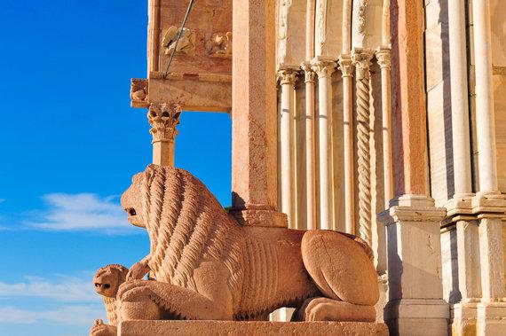 123RF.com nuotr./Ankonos katedra