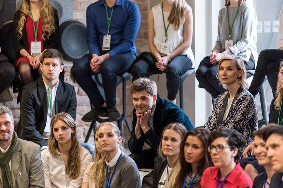 """E. Šenderovienės nuotr./ISM """"100 talentų"""" programos dalyviai: """"Mokymasis tarp lyderių skatina stengtis dar labiau"""""""