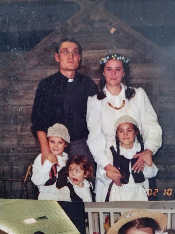 Partnerio nuotr./Lėja Jakštaitė su šeima
