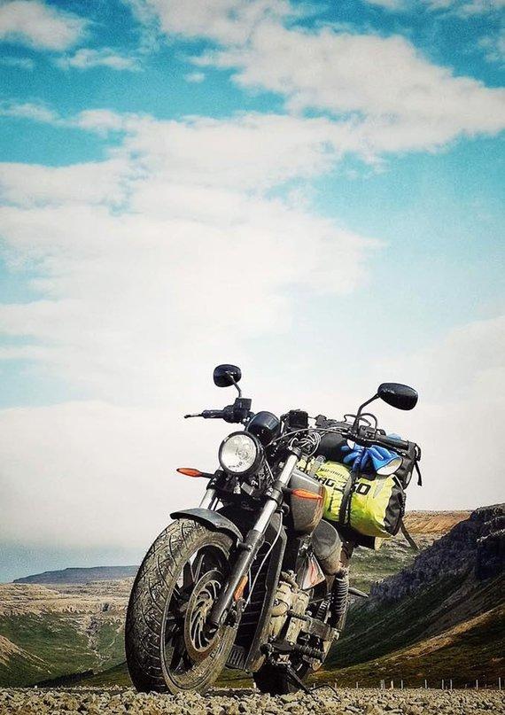Asmeninio archyvo nuotr. /Islandiją E.Strasevičius apvažiavo motociklu.