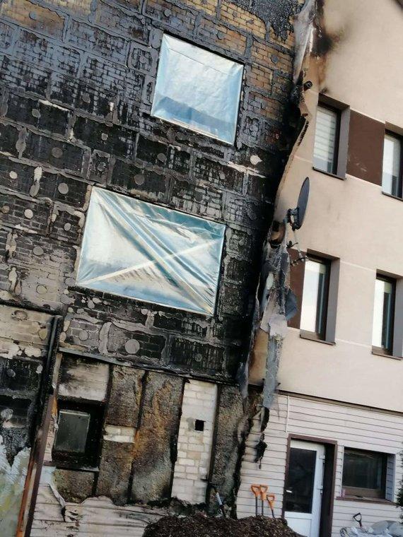 Šiaulių rajone įsikūrusios Volosovų šeimynos namuose kilo gaisras