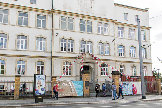 Organizatorių nuotr./Vienas iš pastatų, kur vyko Ostralės bienalė