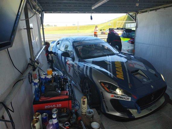 "Eglės Girdenytės nuotr./""Mannol Racing"" grįžo į techninę zoną"