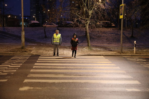 Sauliaus Žiūros nuotr./Vilniaus senjorai padės moksleiviams pereiti per gatvę