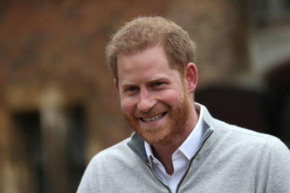 """AFP/""""Scanpix"""" nuotr./Princas Harry po žinios apie gimusį kūdikį bendravo su žiniasklaida"""