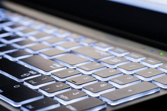 123RF.com nuotr./Nešiojamo kompiuterio klaviatūra