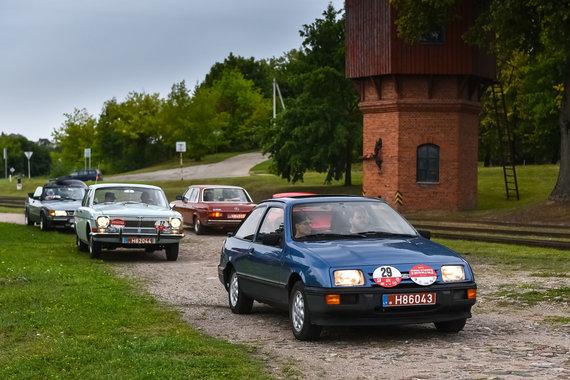 Vytauto Pilkausko nuotr./Istorinių automobilių ralis
