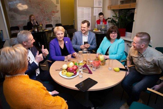Josvydo Elinsko / 15min nuotr./Lietuvos socialdemokratai laukia rinkimų rezultatų