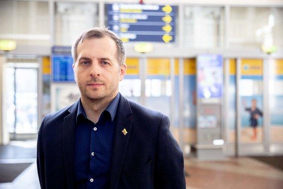 Josvydo Elinsko / 15min nuotr./Vilniaus oro uosto vadovas Dainius Čiuplys