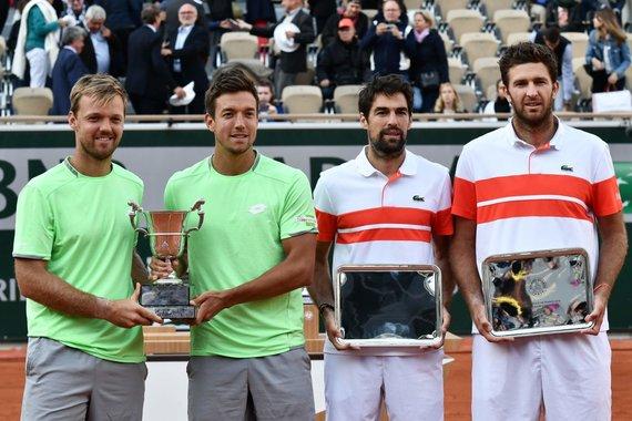 "AFP/""Scanpix"" nuotr./""Roland Garros"" dvejetų turnyro finalininkų poros"