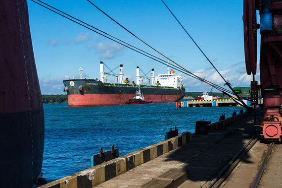 Vitos Jurevičienės nuotr./Tarptautinė jūrų organizacija įsipareigojo iki 2050 metų CO2 išmetimus iš laivų sumažinti 50 proc.