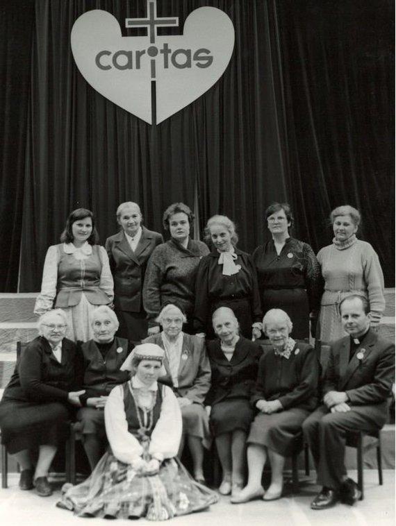 Caritas nuotr./Caritas 1989 m.