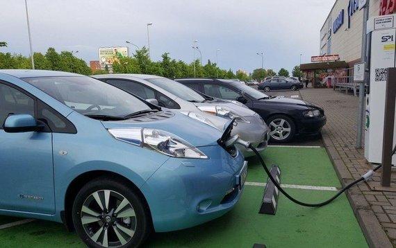Susisiekimo ministerijos nuotr./Didelės galios elektromobilių įkrovimo prieigos