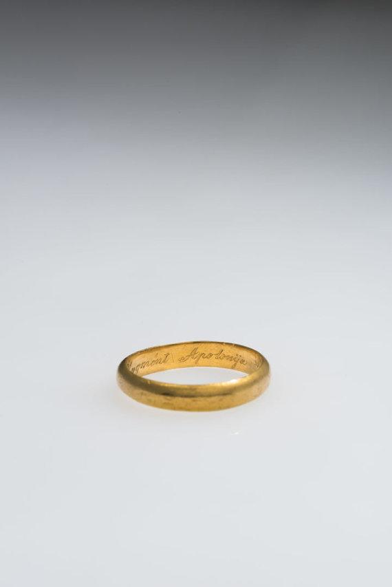 K.Stoškaus, LNM nuotr./Inicialai ant Zigmanto Sierakausko vestuvinio žiedo