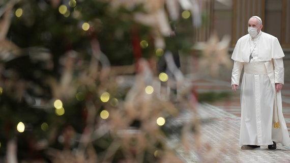 """""""Scanpix""""/Tradicinės, tačiau šiemet kitokios Šv. Kalėdų mišios ištuštėjusiame Vatikane"""