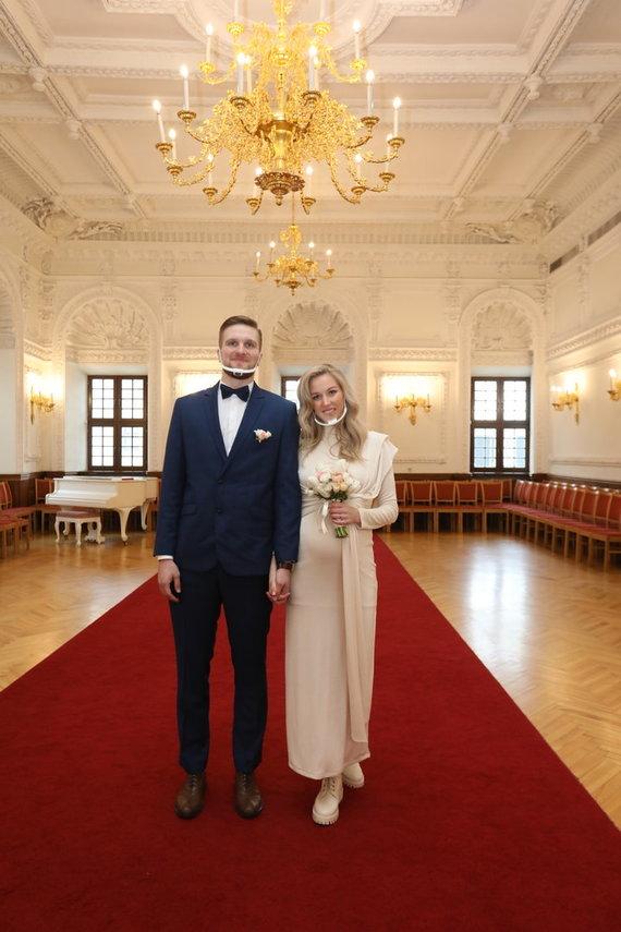 Aliaus Koroliovo nuotr./Viktorijos Pleškytės ir Justo Tamulio vestuvių akimirka