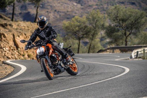 Partnerio nuotr./KTM 390 Duke