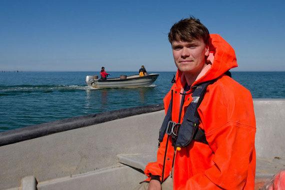 Ảnh của Western Express / Robertas Staponkus, một chuyên gia bảo tồn thiên nhiên tại Quỹ Tự nhiên Litva, nói rằng ngư dân ven biển làm tốt công việc đánh bắt cá xâm lấn - cá mặt đất.