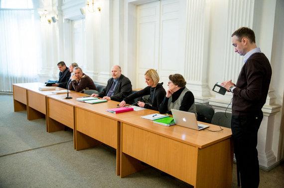 BNS nuotr./Lietuvos krepšinio-federacijos byla teisme