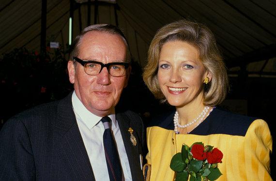 Vida Press nuotr./Rupertas Murdochas ir Anna Mann