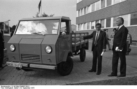 Bundesarchiv, Wikimedia nuotr./Volkswagen EA489 Basistransporter pristatymas