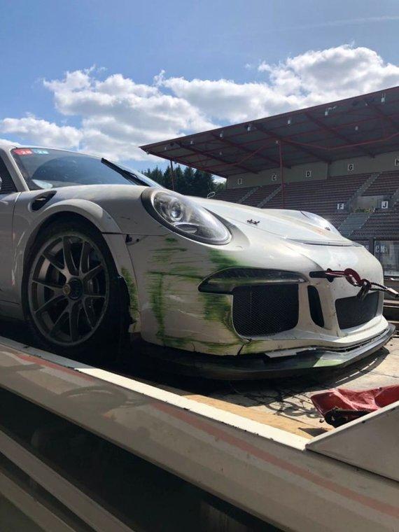 """Organizatorių nuotr,/Sudaužytas """"Porsche"""""""