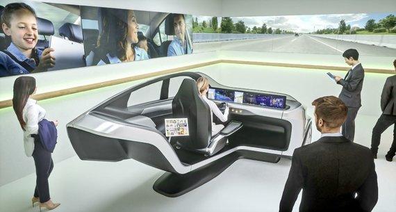 Gamintojo nuotr./Ateities automobilio simuliatorius
