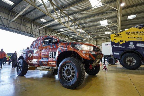 Vytauto Dranginio nuotr./Pasiruošimas Dakaro raliui