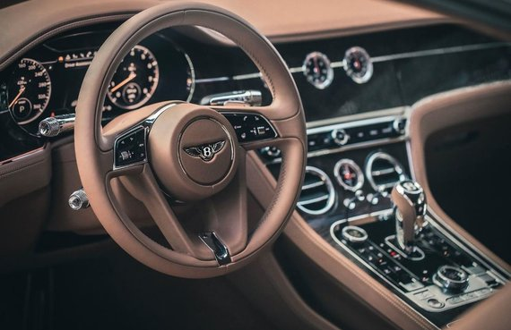 """Gamintojų nuotr./""""Bentley Continental GT V8"""""""