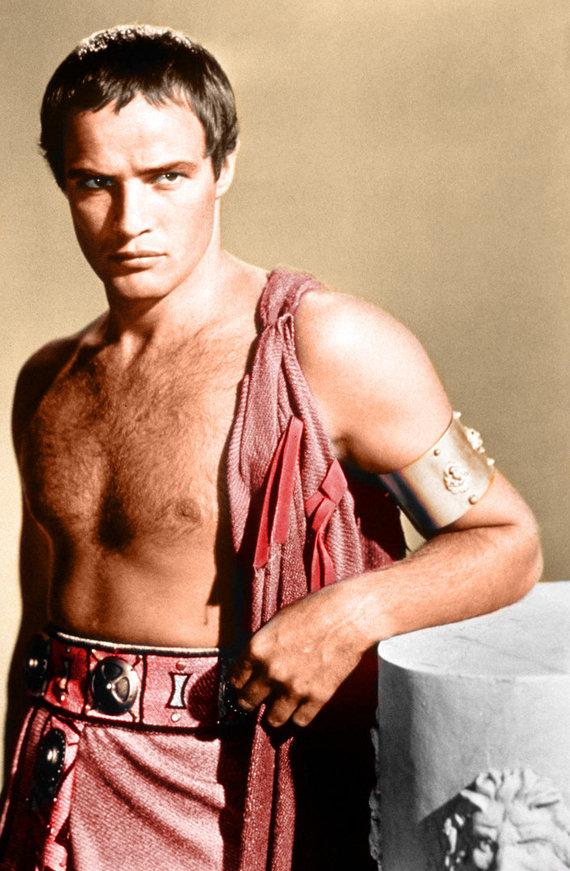 Vida Press nuotr./Marlonas Brando vaidina Julijų Cezarį