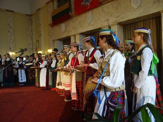 Bendruomenės albumo nuotr./Karaliaučiaus srityje 10 tūkst. žmonių lietuvių kalbą deklaruoja gimtąja