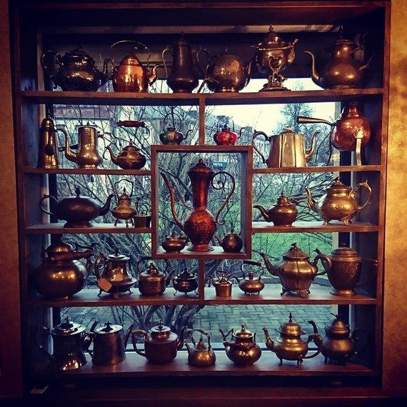 Armando Mockaus nuotr. /Biržų arbatinės arbatinukų galerija