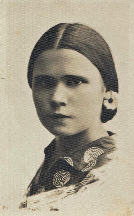I.Korsakienės archyvai /Jadvyga Šušytė jaunystėje