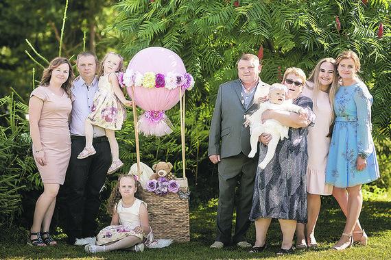 Asmeninio Bričkų šeimos archyvo nuotr./Šeimos šventes kartu švenčia visa Bričkų šeima