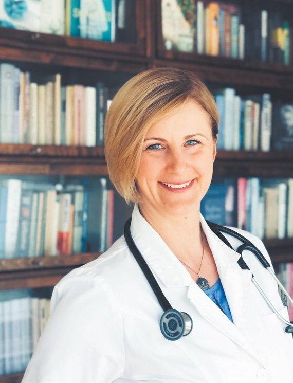 """Asmeninio archyvo nuotr./Raimonda Augienė: """"Jau yra keletas atvejų Lietuvoje buvę, kai medikams pavyko prisiteisti jiems priklausančius pinigus. Džiugu, kad mūsų savivaldybė taip pat rodo iniciatyvą ir prisidės prie mūsų kreipimosi."""""""