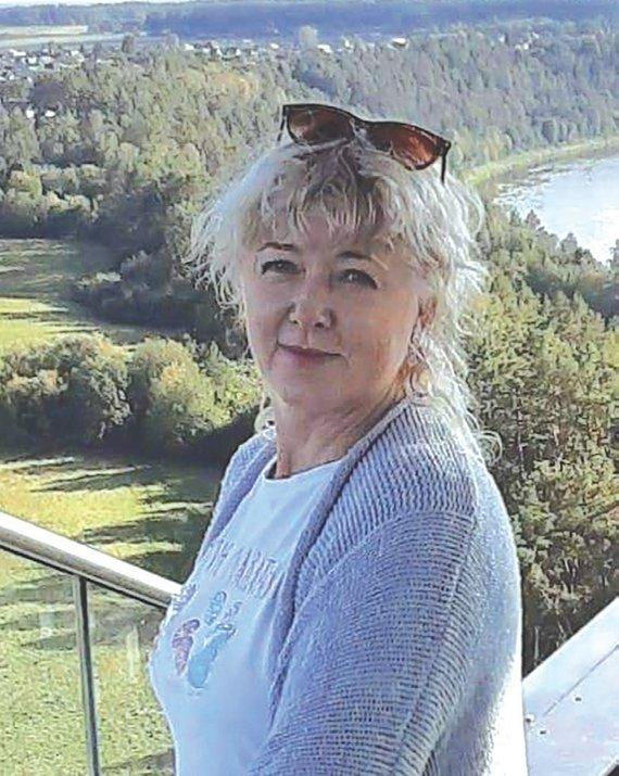 """Asmeninio archyvo nuotr./Jūratė Masiliūnienė: """"Už dvi savaites biuletenio, kai tikrai sunkiai sirgau koronavirusu, gavau 150 eurų. Už tai ir niekas nenori čia eiti dirbti. Darbas nežmoniškai sunkus, atiduodi visą save, o kai reikia, kad tavimi pasirūpintų – visi pamiršta."""""""