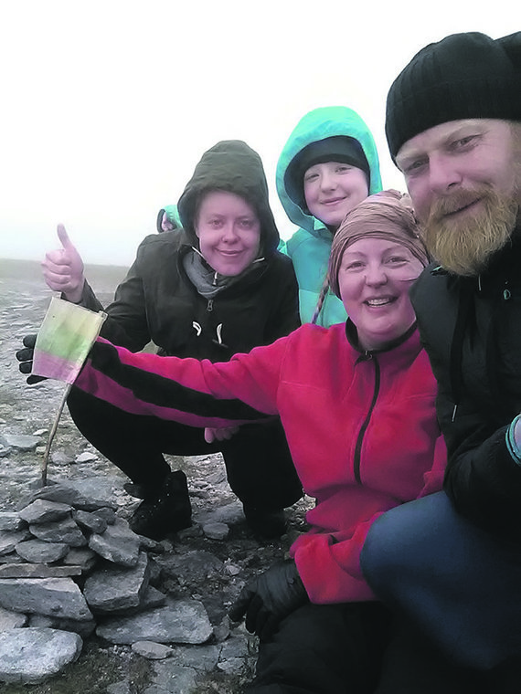 Asmeninio archyvo nuotr./Vienos įsimintiniausių šeimos kelionių po Škotiją akimirka – pasiekta Ben Hope kalno viršūnė